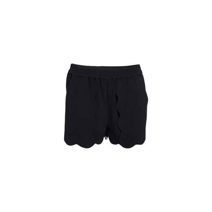 Mattie scallop shorts
