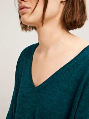 Lemba v-neck