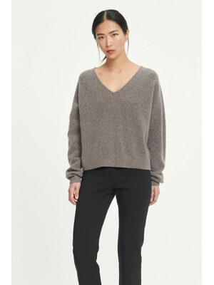 Frances v knit