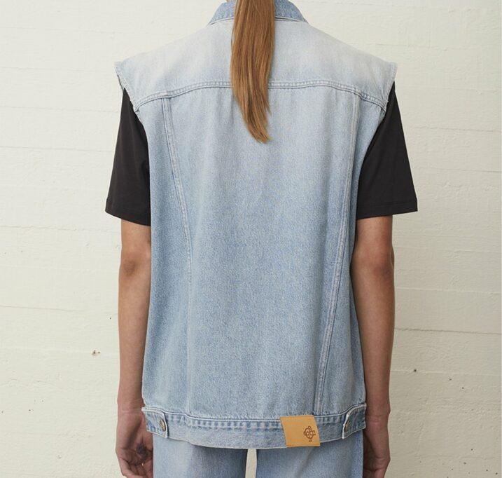 Cloud vest