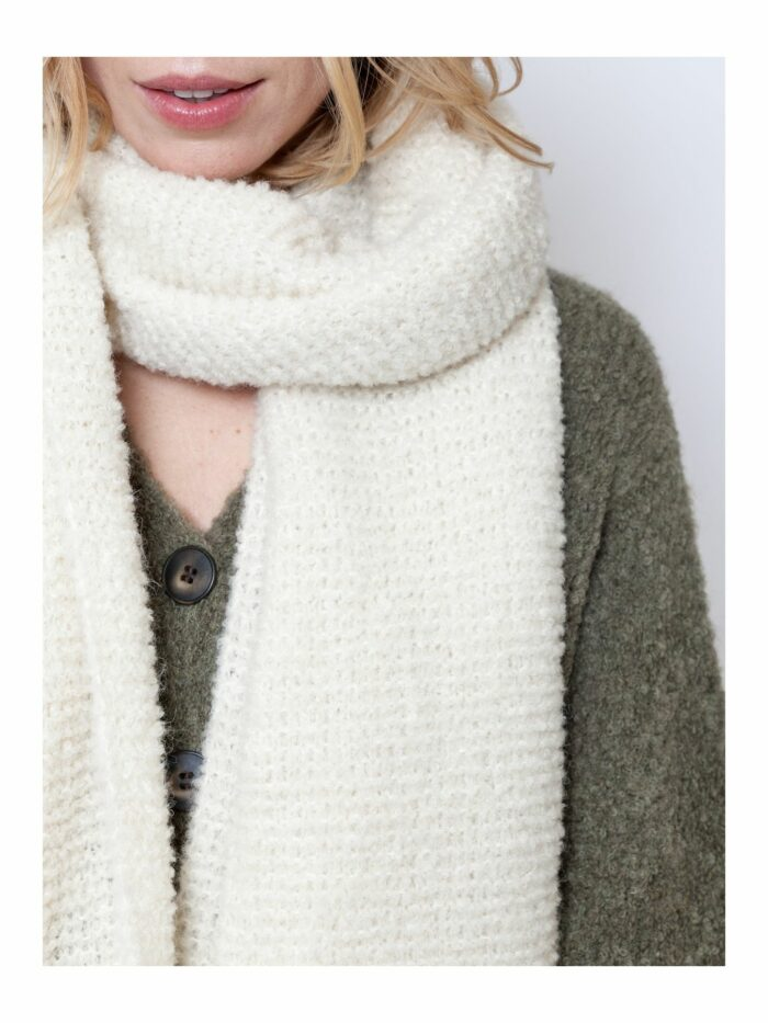 Long Lucy scarf