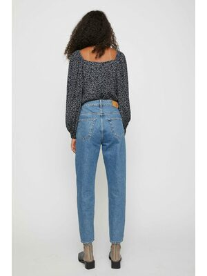 Stormy jeans