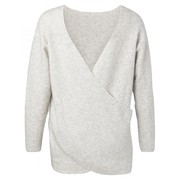 zachte-trui-met-overslagdetail-op-de-achterzijde (1)