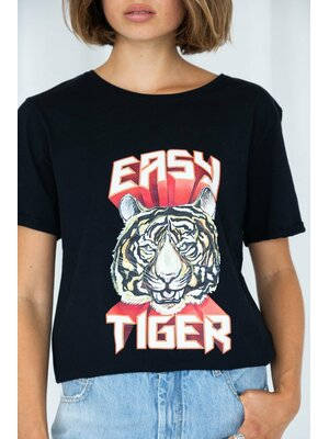 Doris tiger tee