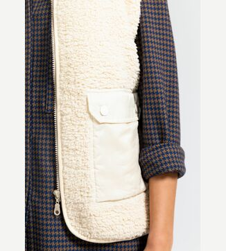 Gisele teddy vest
